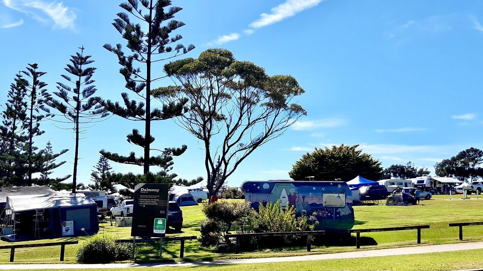 Camping sites at Dalmeny campground   banner image