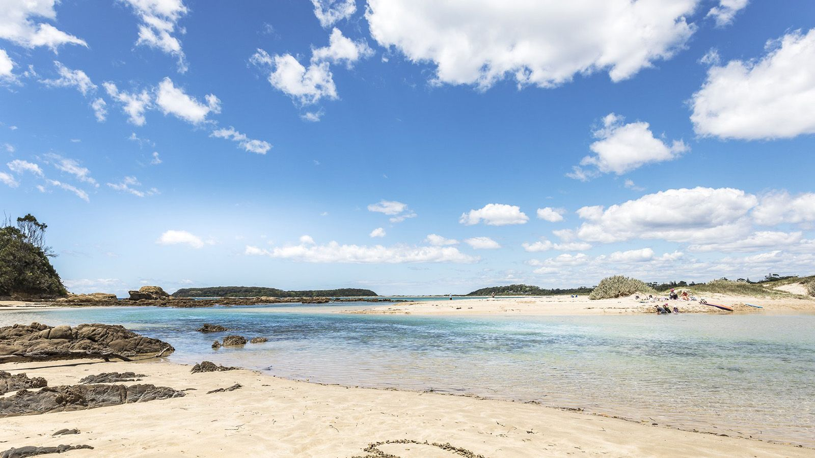 The inlet at Candlagan Creek near Broulee on a sunny day banner image