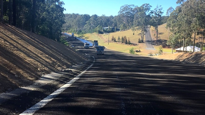 Glenella Road construction progress - August 2017