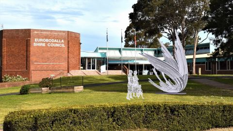 Photoshopped image of large metal sculpture in front of Council administation building